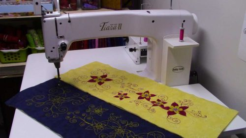 Quilt Block of the Month for September 2016 - Collection Inédith - Ribbon of flowers